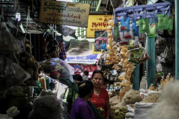 cobalt_state_myanmar_mandalay_04_market_cover