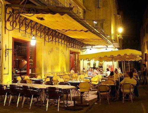 cobbled corner cafes