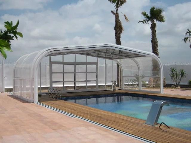 Cubierta de piscina en Mallorca