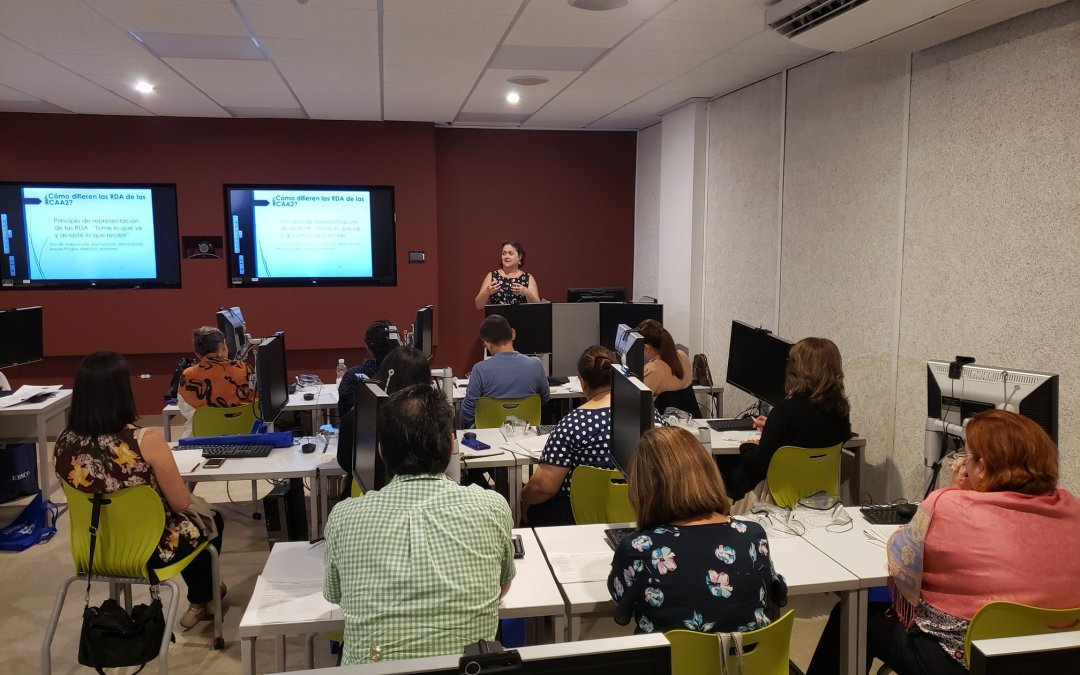 COBIMET auspicia taller sobre RDA para bibliotecarios