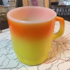 ヴィンテージ雑貨ファイヤーキング オレンジ黄色