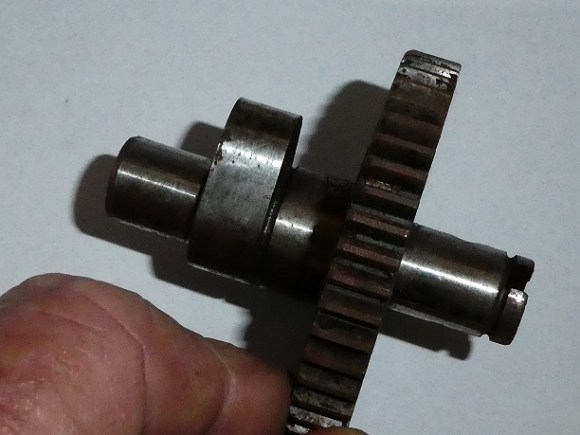 <strong><em>70-3183RU. Used 1960-63 T20. 1960-61 T20 T. R giving extra valve lift. $50</em></strong>