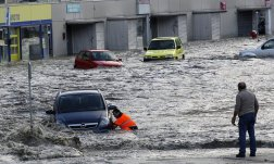 22. Vall d'Aran trata de recuperarse tras las lluvias (Afp)