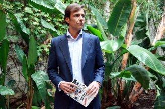 14. Marco acusa a Camacho de encargar la grabación de La Camarga. ACN