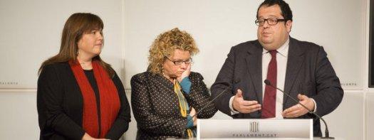 16. Tres diputados votan a favor de la consulta (Pedro Madueño)