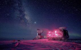 17. Un telescopio capta el primer eco del Big Bang (Reuters)
