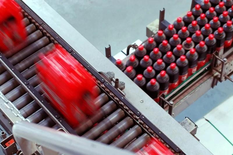Comment déterminer de quelle usine d'embouteillage vient une bouteille ou canette de Coca-Cola ?