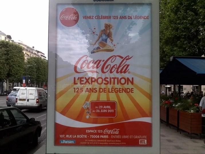 Publicité dans les rues de Paris