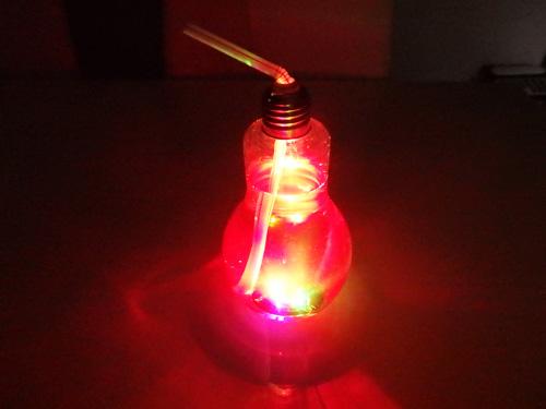 電球ソーダ 100均 キャンドゥ ボトル