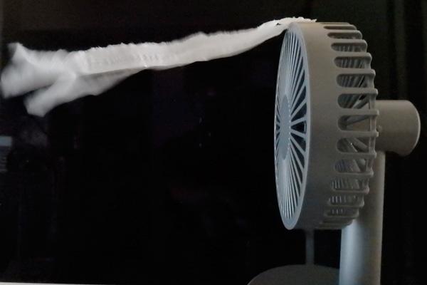 ダイソー usb 扇風機 ミニ扇風機