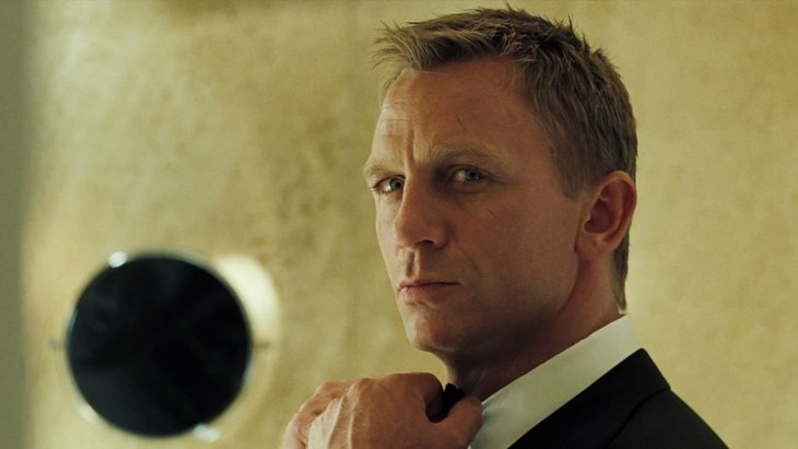 casino-royale-2006-daniel-craig-007-james-bond-mads-mikkelsen-jeffrey-wright-judi-dench-eva-green-movie-review-2015-spectre-spy-thriller-action-film