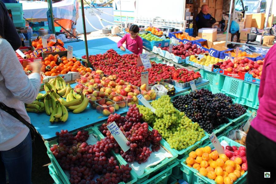 Mercato a Marsaxlokk prodotti locali