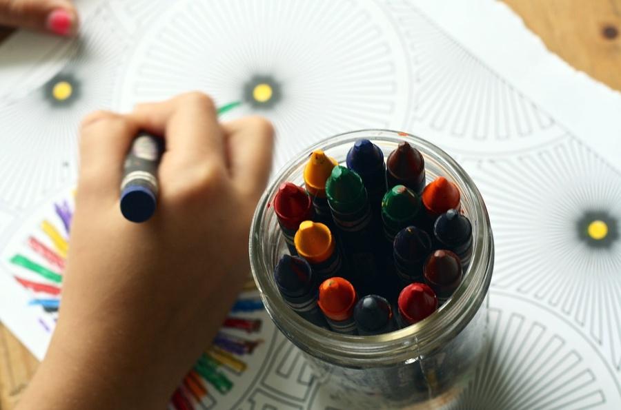 Disegnare viaggi coni  bambini