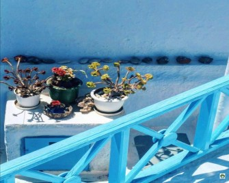 Isole low cost Santorini- Cocco on the road