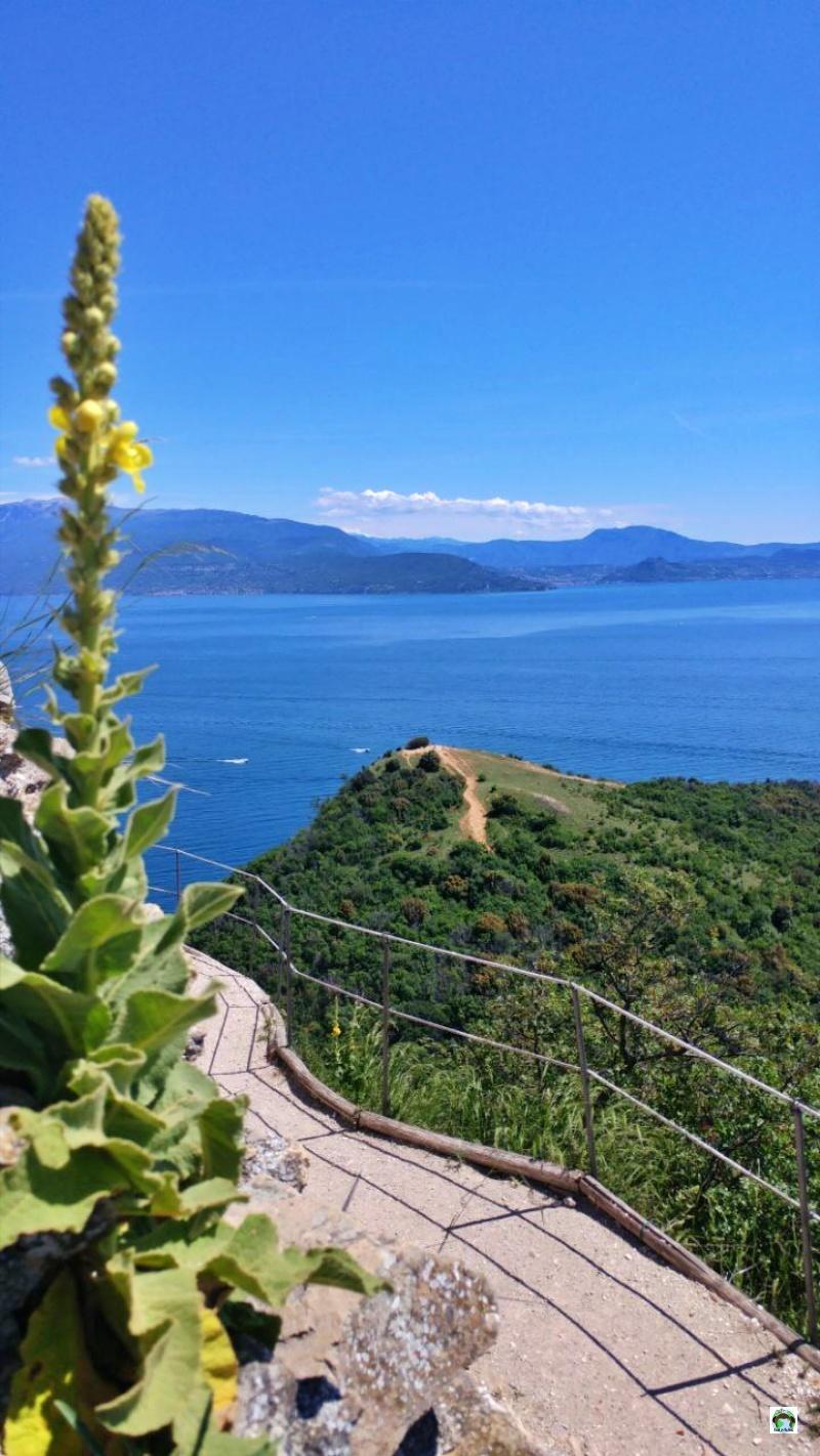 Rocca di Manerba natura e panorama