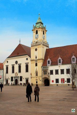 Cosa vedere a Bratislava Vecchio Municipio di Bratislava - Cocco on the road