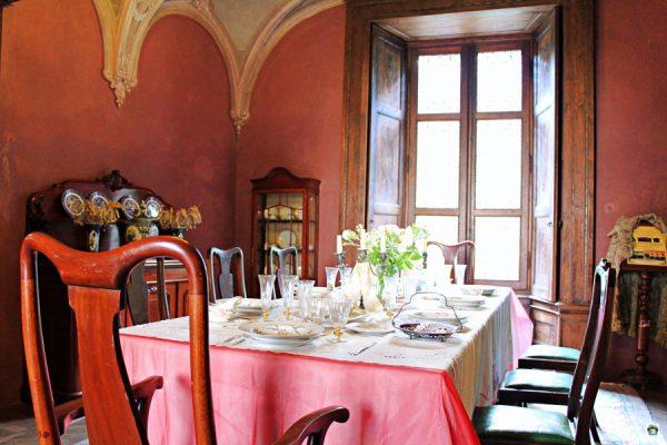 Castello di Padernello ed i mobili contovendita