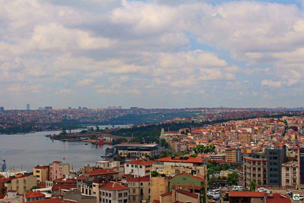Istanbul panorama romantico