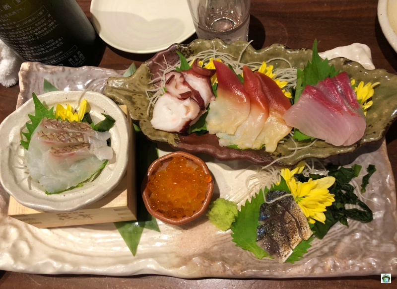 Mangiare giapponese a Tokyo Nihonshu Genka Sakagura