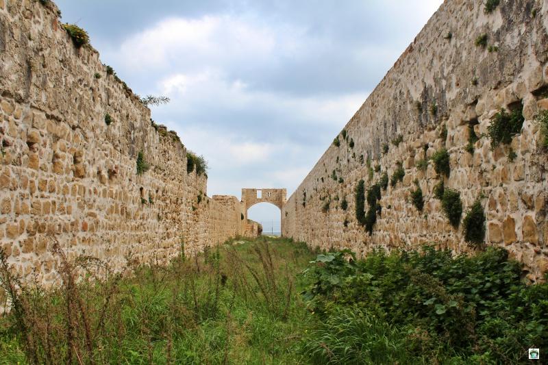 resti antichi di una cittadella portoghese