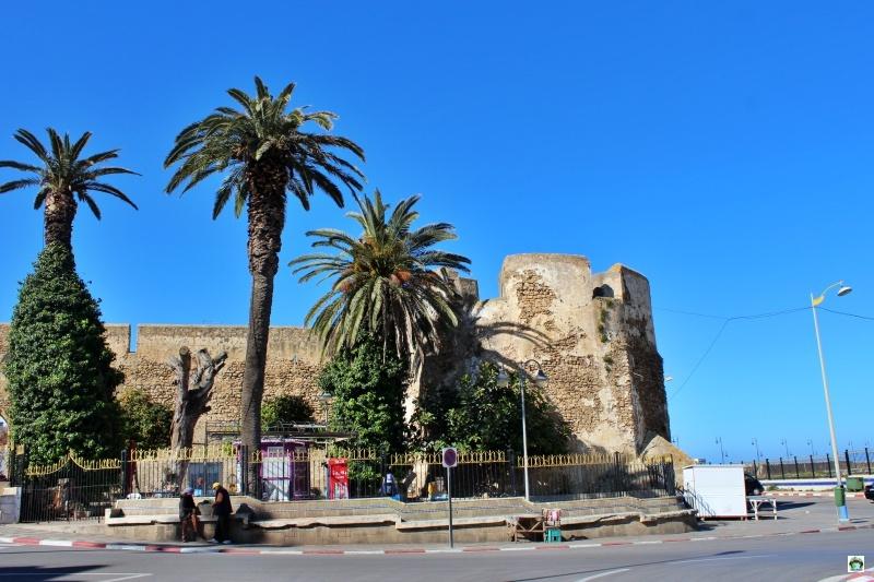 Assilah mura palme strada