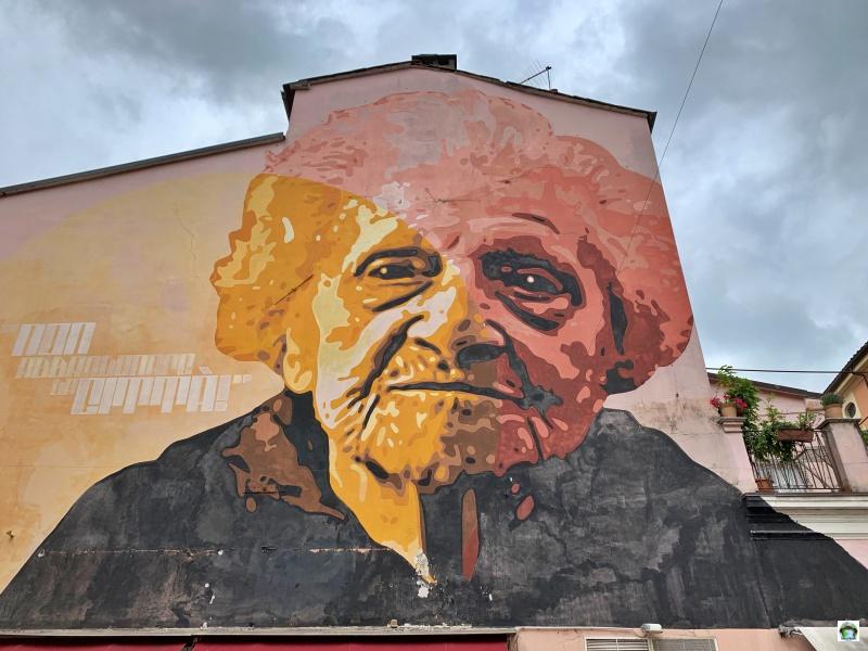 murales partigiana di Carrara