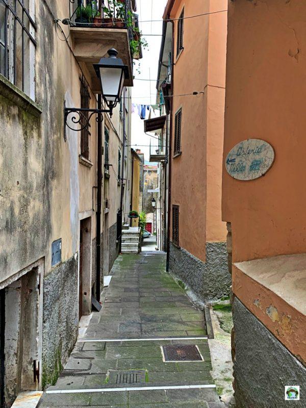 vicolo borgo Colonnata