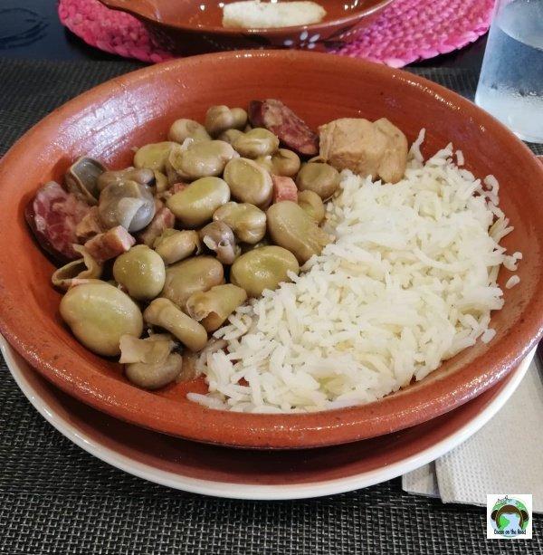 fave alla portoghese con chorizo, vitello, fave e riso basmati