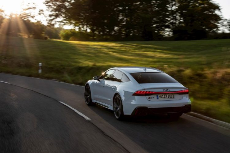 Audi R7 Sportback blanco
