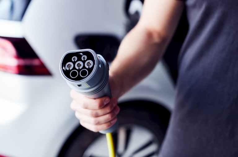 recarga bateria coches electricos reduce a la mitad