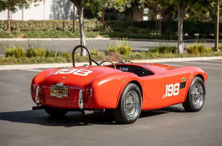 una de las copias de los coches de Le Mans '66