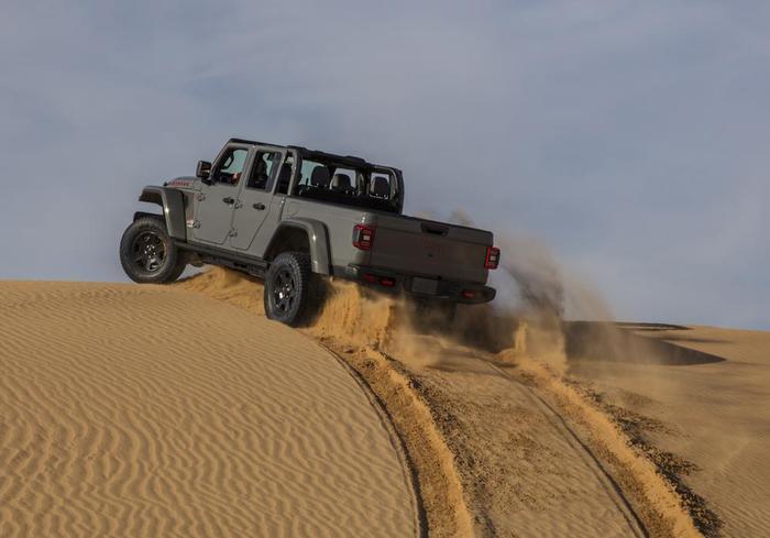 Gladiator Mojave, el primer Jeep pensado para el desierto