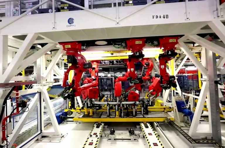 Covid-19 FCA cierra fábricas en Europa