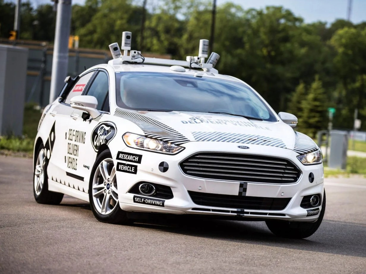 Ford autónomo eléctrico