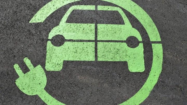 Lugar habilitado para carga de coches eléctricos