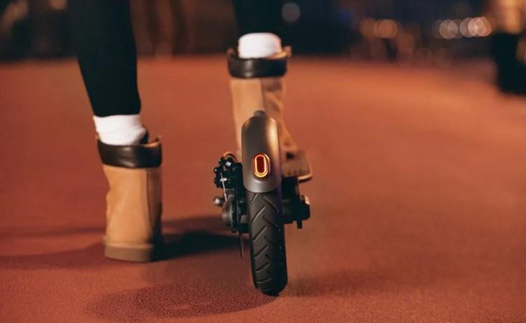 luces traseras led del Patinete Xiaomi Scooter pro para ser vistos