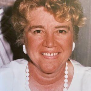 Leslyn Steele portrait