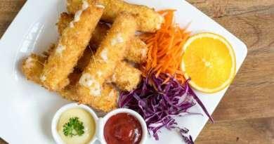 Palitos o dedos de mozzarella. snacks