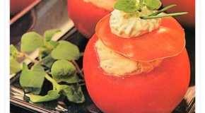 Tomates con mousseline de pavita