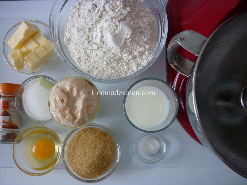 Cinnamon Rolls - Cocina de Valen