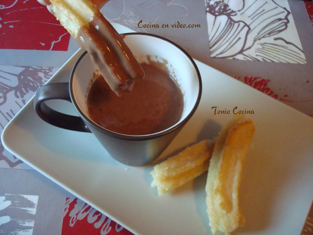 Chocolate con churros, fácil