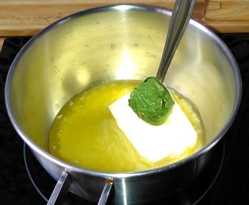 lubina_salsa_nata_lima_mostaza_de_hiebas-bar_sauce_citronnee_moutarde_creme-Bass-cream_sauce_lime_and_green_mustard-a_la_bonne_franquette_con_michelle-pap