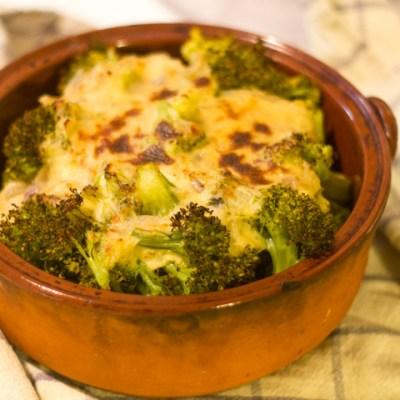 Brócoli con bechamel sin gluten