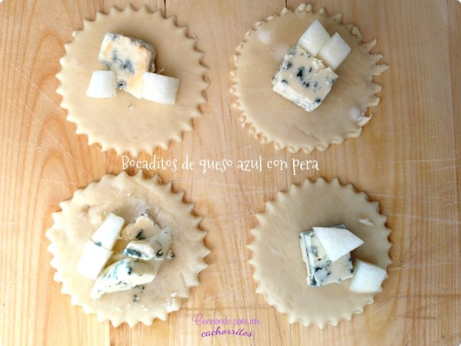 bocaditos de queso azul