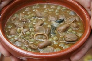 receta de potaje de habas y guisantes