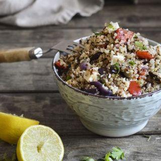 Quinoa con verduras asadas y queso feta, fácil y saludable