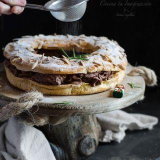 Roscón de reyes rápido con pasta choux relleno de trufa