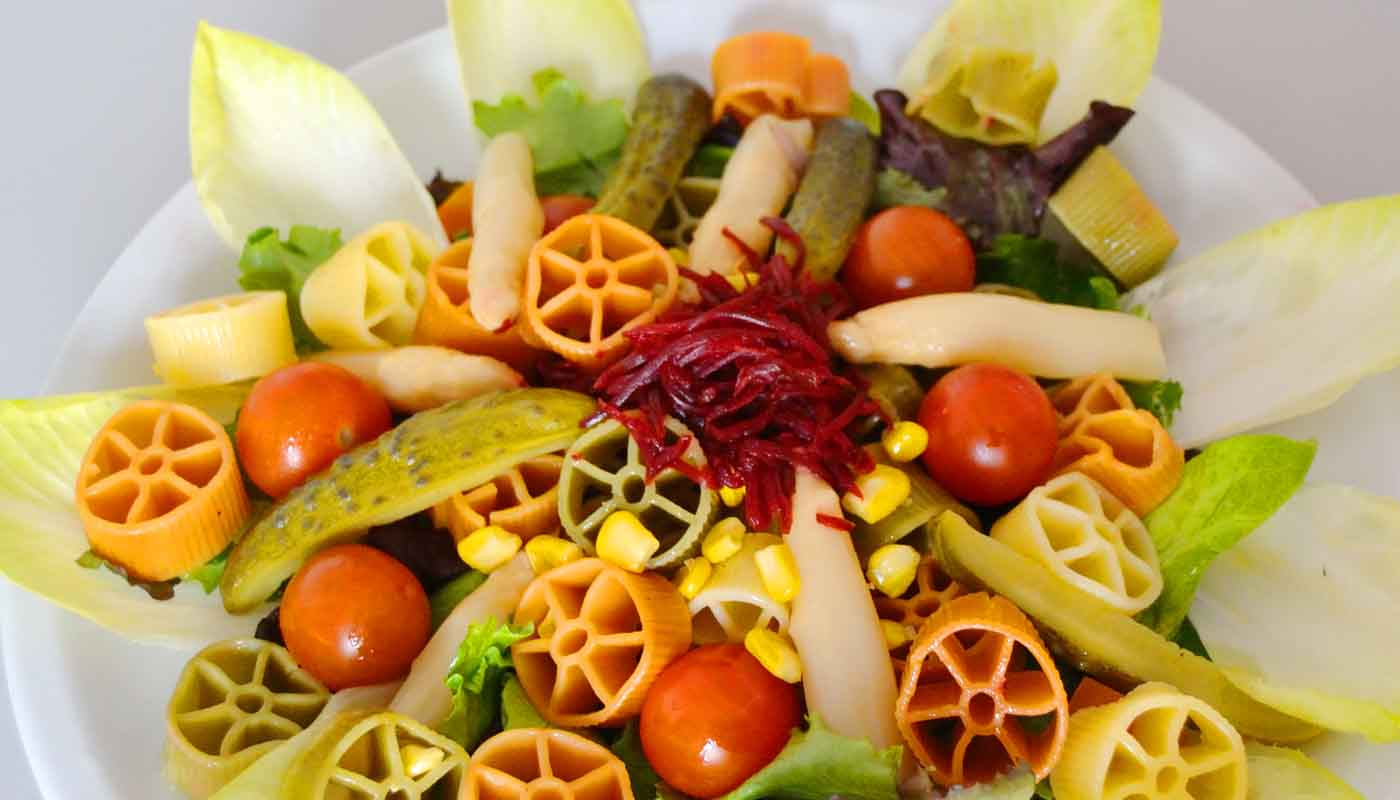 receta de ensalada de pasta y encurtidos - recetas de ensaladas de pasta - receta de pasta - recetas de verano - recetas realfooding o real food