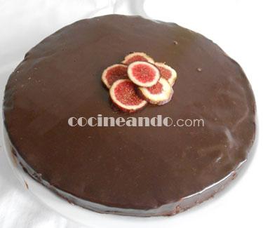 Receta de tarta de chocolate y crema de avellanas - recetas de postres y dulces de chocolate - recetas realfooding o real food