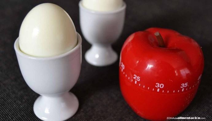 como hacer huevos cocidos - como hacer huevos pasados por agua - tiempos para cocer huevos